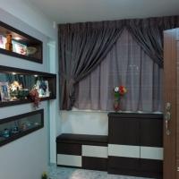 Main door-shoe cabinet