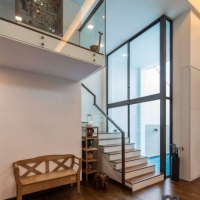 Staircase & foyer