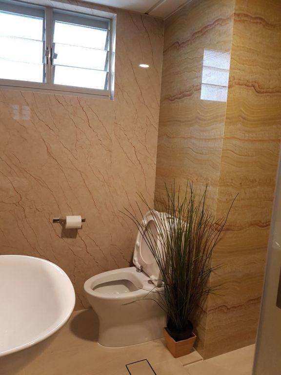 Toilet Wall Overlay 10
